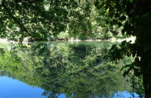 Wegwandern am Fluss Doubs entlang